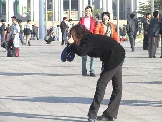how_asians_take_pictures_4