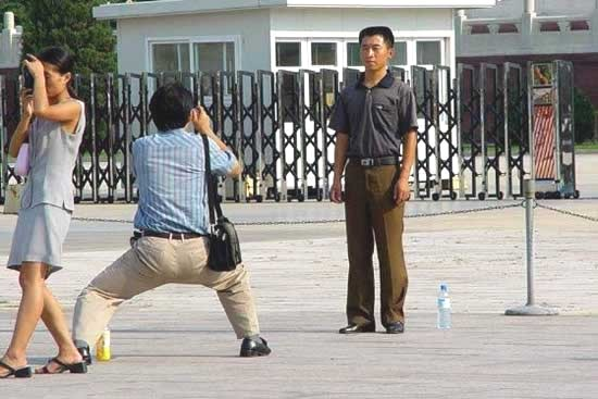 how_asians_take_pictures_6